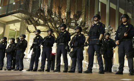 Police stand-down strategy at Berkeley rally praised, panned | Reveal