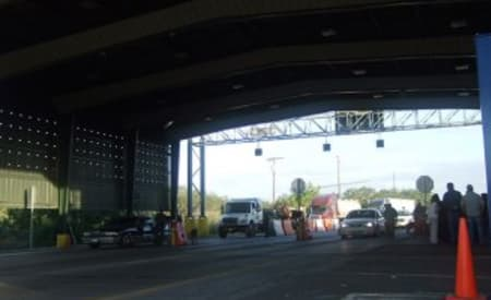 Minor drug busts at border checkpoint breaking Texas